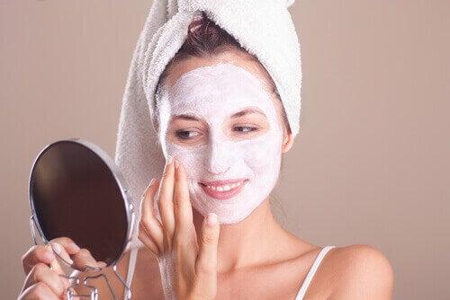 Грешки в грижата за кожата: не ексфолирате