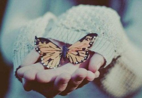 Първата стъпка е да обичате себе си