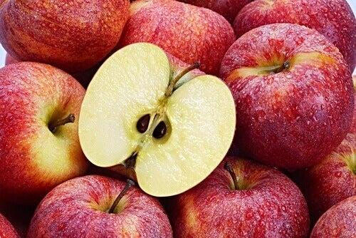 Ябълкови семки