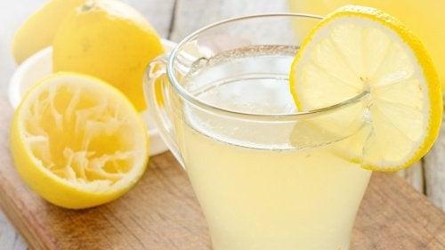 9 причини да започвате деня с прясна лимонада