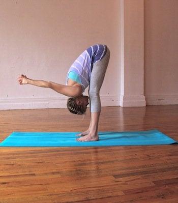 Йога пози при болки в гърба
