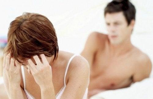 болка по време на секс - един от евентуалните симптоми на ендометриозата