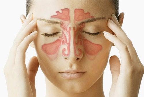 При запушен нос масажирайте синусите