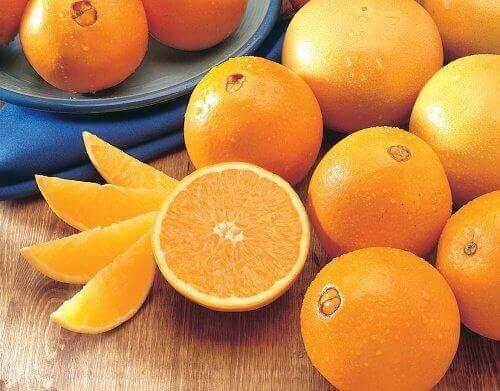 прочистващо смути с портокали