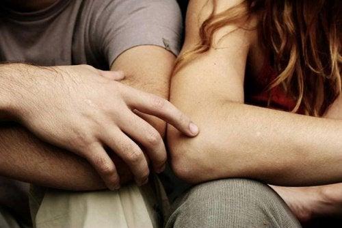 съвместими ли са секс и приятелство