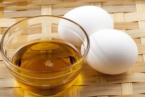 мед и яйце