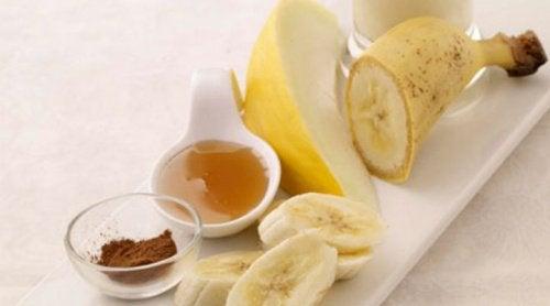 Смути с банан и пъпеш