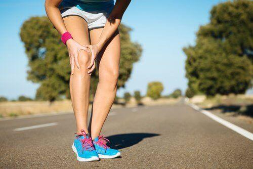 внимавайте с горещите компреси при облекчаване на болката в коляното