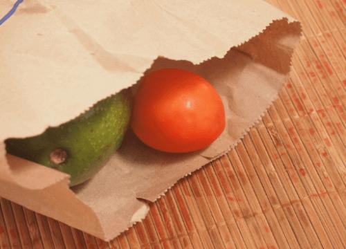 Авокадо и домат