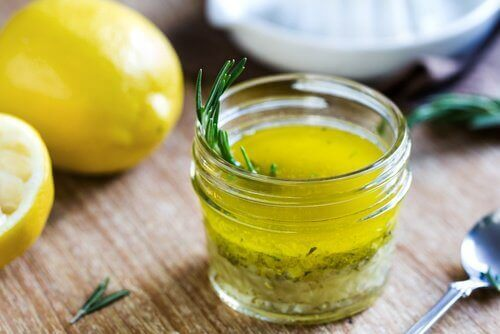 Лимон със зехтин за борба с наднорменото тегло
