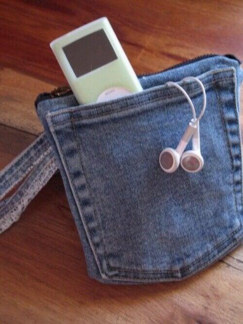 малка чантичка от стари дънки