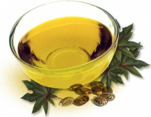 Рициново масло за по-гъсти вежди