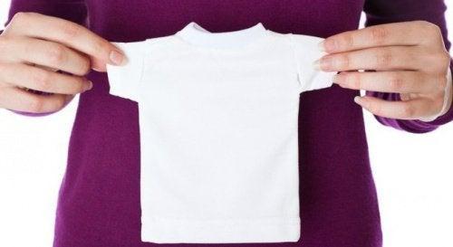 Някои дрехи се свиха след прането? Вижте 5 решения за този проблем!