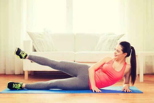 упражнения за тонизирани ръце и крака