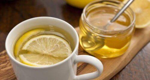 Чай от лимоновите кори