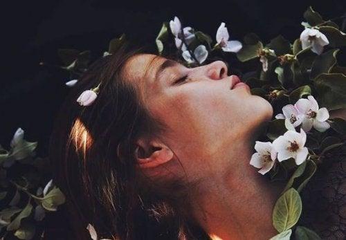 Някои въздишки имат по-голямо значение от целувката