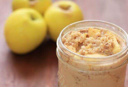Ползите от това да ядете киноа, ябълка и канела за закуска