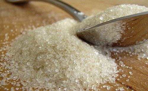 6 признака, че ядете твърде много захар