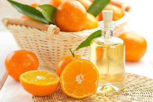 етерично масло от мандарини за ароматизиране на косата ви