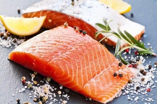 сьомгата една от рибите, които намаляват стреса