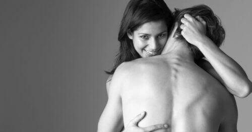 Общувайте с партньора си за по-пълноценен сексуален живот