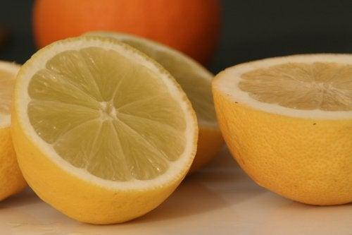 10 невероятни начина за използване на лимоните