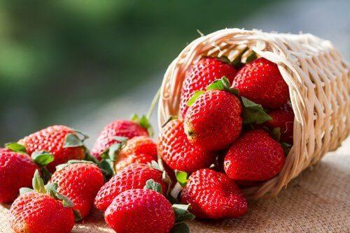 ягодите подсилват имунната система, която не е толкова стабилна при наличие на витилиго