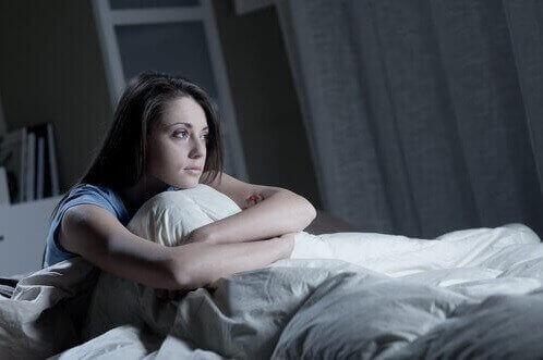проблемите със съня могат да доведат до хормонален дисбаланс
