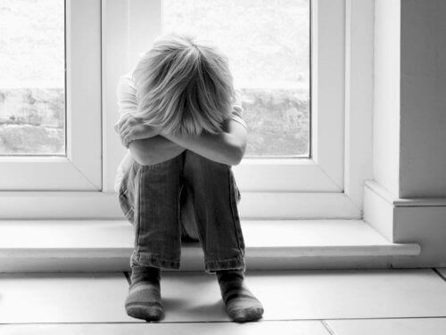проблемни отношения и връзки между родители и деца