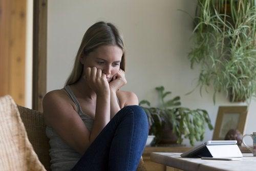 Болката по време на секс може да е причинена от хормонален дисбаланс