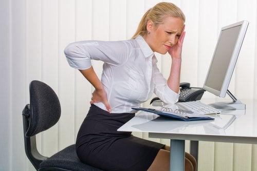 Болка в гърба или в бъбреците