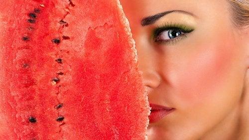 Динената кора е перфектно почистващо средство за лице