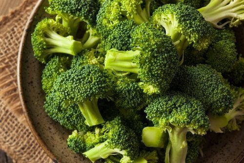 Открийте невероятните предимства на супата от броколи