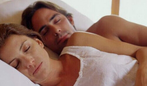 Тази поза не винаги е най-удобната за сън