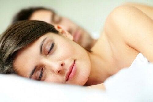 Добър матрак + най-добрите пози за сън