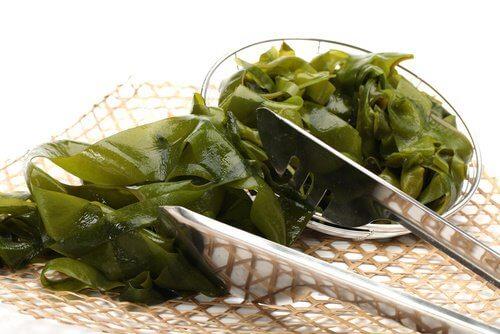 Яжте водорасли за активиране на щитовидната жлеза
