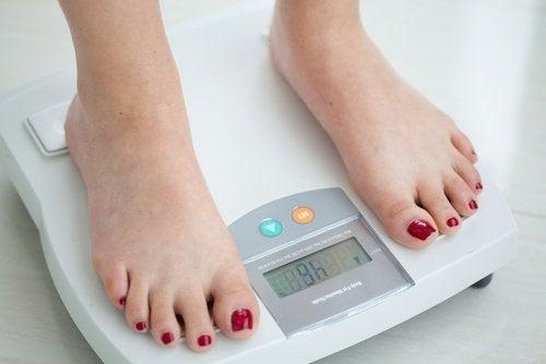в случай на рак на гърлото е нормално да изпитате загуба на апетит, а оттам - загуба на тегло