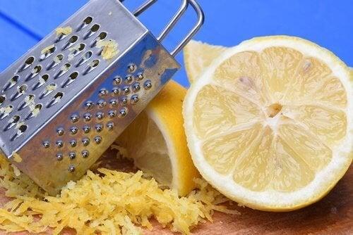 9 неочаквано добри начина за употреба на лимоновата кора