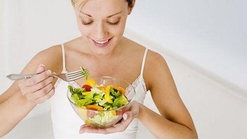 диета за детоксикация след обилно хранене