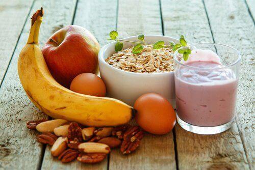 Най-добрите закуски за борба с мазнините