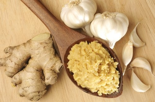 Алицинът в чесъна намалява холестерола по стените на артериите.