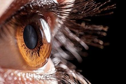 подобрете зрението си с лещи с хидрогел