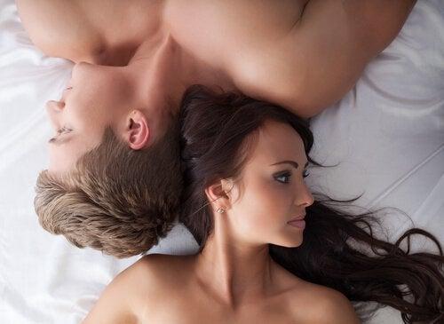 Не се опитвайте да следвате определена схема за секс