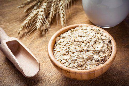 Овесено брашно за борба с псориазиса