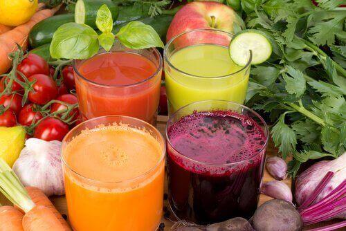 Отслабнете и подобрете имунната си система с тези 5 напитки