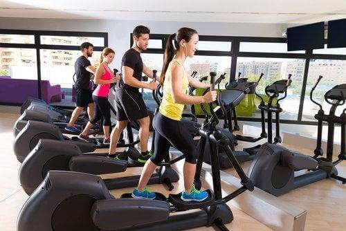 Физическа активност за  стегнати седалищни мускули.