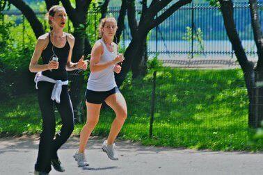 Здравословното хранене и упражненията  ще направят живота ви по-качествен.