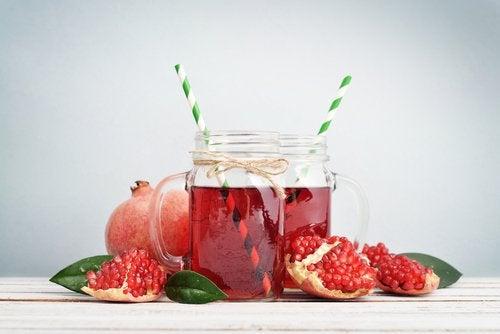 Сокът от нар притежава антивирусни свойства