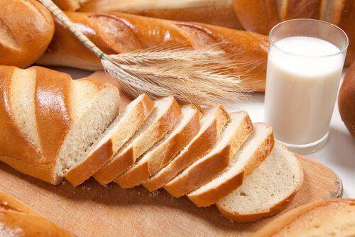 Ако искате плосък корем, избягвайте хлебните изделия