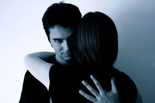Манипулативното обожание разрушава връзките.